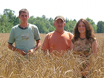 Sonset Farm - family run, organic farming at it's most mindful.