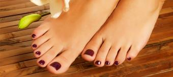Reporter covers a new beat: Manicures and pedicures