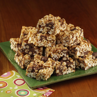 RECIPE: Crispy Peanut Butter Chocolate Popcorn Squares