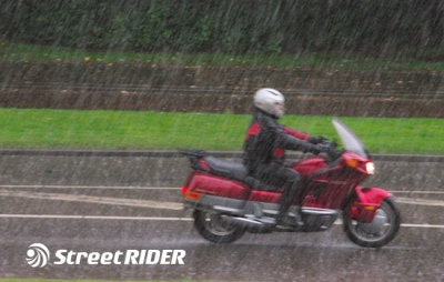 Most Effective Ways to Ride a Motorcycle in the Rain