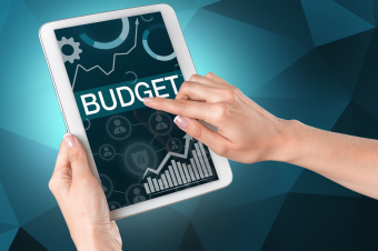 How Much of Your Advertising Budget Should Go to Online Marketing?
