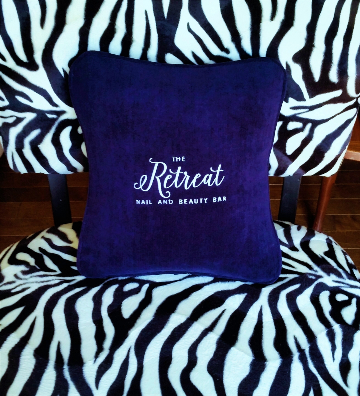 Comfee Vibrating Cushion Now available with Custom Embroidery!
