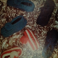 I hated Phentex yarn - Slippers from 1971