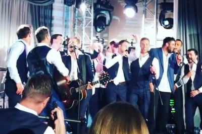 Jordan Eberle & pals rock out to 'Wagon Wheel' – sharply dressed in King & Bay