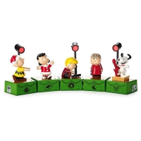 Hallmark's Peanuts Christmas Dance Party