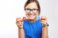 How to Store and Care For Your Retainer