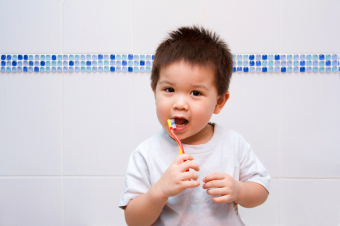 When to Brush Your Teeth After Eating