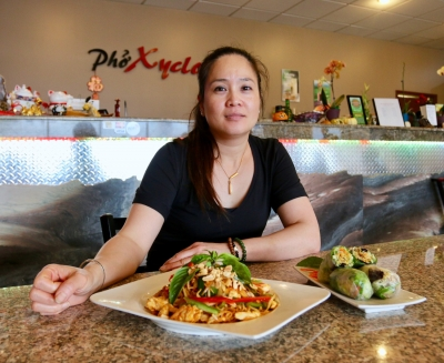 Strip Mall Gems: Noodles draw oodles to Viet-Thai joint