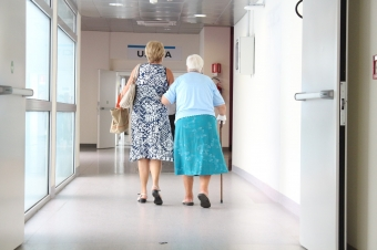 Hospital Discharge Checklist: Are You Ready to Bring Your Parent Home?