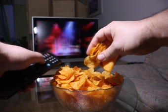 How to Stop Nighttime Snacking