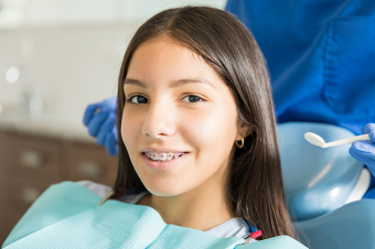 The Importance of Visiting the Dentist During Orthodontic Treatment