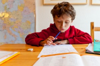 How To Encourage Kids Who Are Reluctant To Do Homework