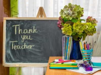 5 End of Year Teacher Gifts That They Will Love
