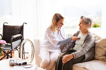 Hiring Home Health Care Providers for Post-Surgery Recovery