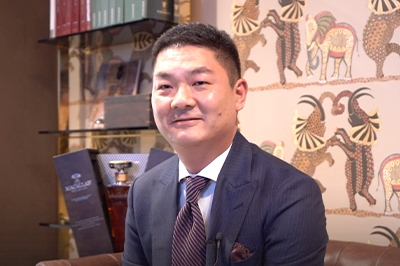 CFO Geoffrey Liang believes that good style means being unique and thinking outside the box