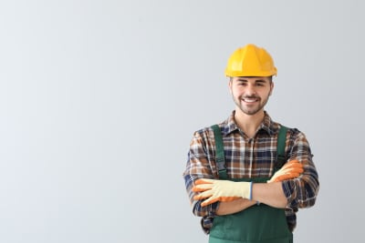 5 Essential Questions to Ask an Electrician Before Hiring Them