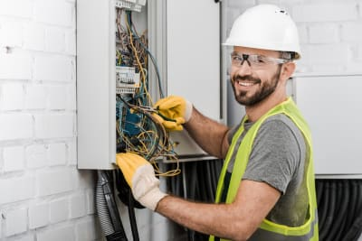 9 Electrical Questions to Ask an Electrician Before Hiring