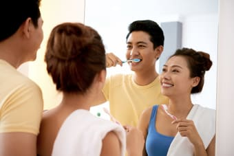 Common Mistakes to Avoid When Brushing Your Teeth
