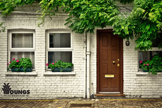 Here's What No One Tells You About Purchasing An Older Home