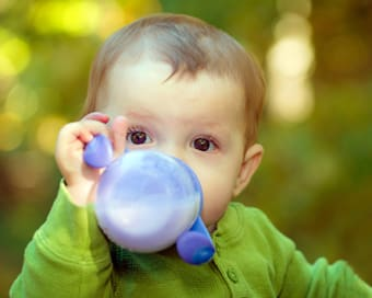 Will sippy cups affect my child's baby teeth?