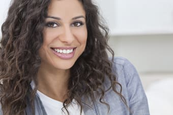 Can adults straighten their teeth with Invisalign?
