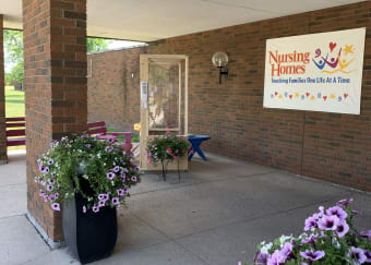 Welcoming visitors back to Niagara Health's Extended Care Unit