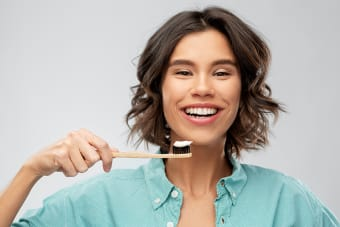 Cleaning Your Teeth With Invisalign
