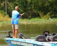 Back in The Game, Full Throttle, with The Rod Glove Pro Bass and Fishing Guide, Chris Jackson