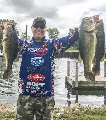 Jeff Elliott Outdoors, Rod Glove Pro Staff, bass fishing in Pure Michigan