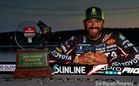Bassmaster Angler of the Year, The Rod Glove Pro Bass Elite Gerald Swindle looking back at 2016 and his winning attitude