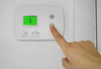 What Temperature Should I Set My Thermostat to for the Winter?