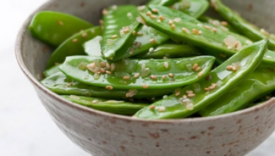 10-Minute Sesame Snow Peas Stir Fry | Garden to Table Recipe